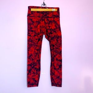 LULULEMON | YOGA PANTS | RED FLORAL
